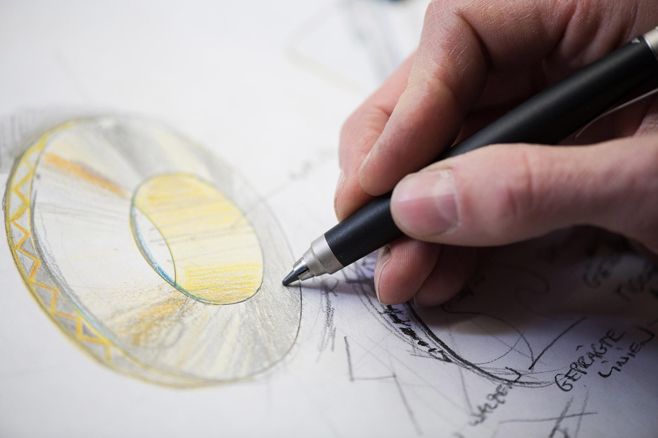 Entwurf eigener Schmuck-Kollektionen